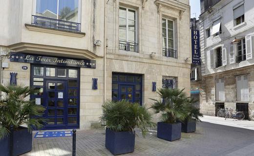 Hôtel La Tour Intendance